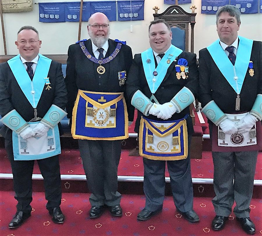 W Bro Lee Brimble taking the Masters Chair for the second time